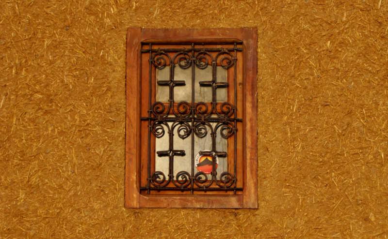 Une porte sur l'été - Page 4 1092